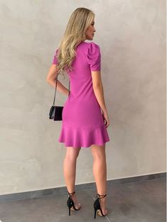 Short Sleeve Dresses, Dresses With Sleeves, Hello Gorgeous, Beach Dresses, Amelia, Ideias Fashion, Dress Models, Leggings, Beauty