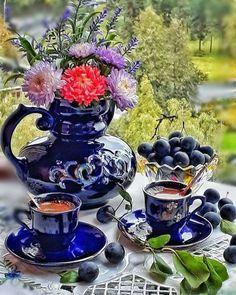 Coffee Vs Tea, Coffee Love, Coffee Art, Coffee Drinks, Coffee Cups, Tea Cups, Espresso Cups, Good Morning Coffee Gif, Anthropologie Rug