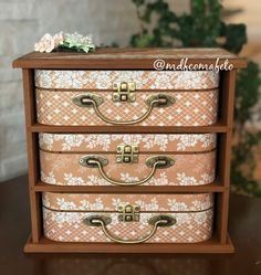 Jewellery Boxes, Jewelry Box, Recycled Jewelry, Jar Crafts, Box Design, Wooden Boxes, Fiber Art, Recycling, Decorative Boxes