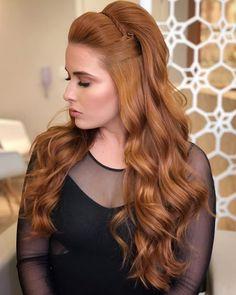 Fabulous Modern Hairstyles Inspirations Source by HighQFashion Braided Hairstyles For Wedding, Modern Hairstyles, Curled Hairstyles, Easy Hairstyles, Layered Hairstyle, Romantic Hairstyles, Bridesmaid Hair, Prom Hair, Hair Wedding