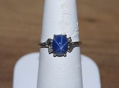 Gorgeous Vintage 14k white gold Linde Oval Star Sapphire & Diamond ring size 7