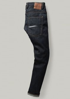 883 Police Moray Jean provides you with the premium experience.#denim #menswear #mensfashion Shop at: https://www.883police.com/moray-raw-denim-jeans-10748.html