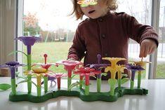 assistante maternelle activités manuelles formation enfant bébé Bouquet, Gaming, Child, Bunch Of Flowers, Bouquets