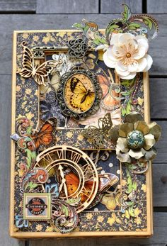 This is an incredible altered art box made by Susan Lui with a little music box and a pop-up card inside! So clever and stunningly beautiful! Graphic 45, Altered Tins, Altered Art, Mixed Media Canvas, Mixed Media Art, Art Altéré, Pop Up Card, Paper Art, Paper Crafts