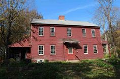 1794 – Danville, NH – $215,000 | Old House Dreams Old Houses For Sale, Salt Box, Pine Floors, Wooden House, Wide Plank, Old House Dreams, Traditional House, Homesteading, Colonial