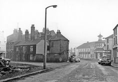 Boston Street and bottom of Pearl Street looking towards former Lansdowne Picture Hall, then Locarno Ballroom, London Road