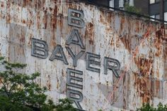 Bayer pulling plug on sign atop Mount Washington - is this the beginning of the end of a Pittsburgh icon?