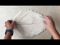 How To Make A Large Macrame Feather/Leaf - Free Online Videos Best Movies TV shows - Faceclips Cool Diy Projects, Crafty Projects, Japanese Ornaments, Macrame Wall Hanging Diy, Fabric Glue, Fabric Crafts, Feather Crafts, Macrame Projects, Macrame Tutorial