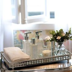 Click Interiores | Bandejas no Banheiro, Boa Idéia!  /  Click Indoors | Trays in the bathroom, Good Idea!