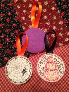 These vintage inspired machine embroidered Halloween decorations were created by me 'in the hoop'