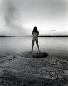 lo que ve la cámara: Mujeres... las reales... autosuficientes... -   Judy  Dater http://loquevelacamara.blogspot.com.es/