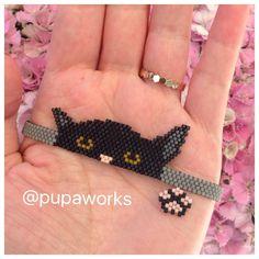 making beaded bracelets Bead Loom Patterns, Beaded Jewelry Patterns, Weaving Patterns, Handmade Bracelets, Beaded Bracelets, Stackable Bracelets, Charm Bracelets, Silver Bracelets, Embroidery Bracelets