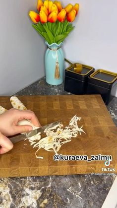 Food Platters, Food Dishes, Cooking Recipes In Urdu, Amazing Food Art, Food Carving, Food Garnishes, Snacks Für Party, Food Decoration, Diy Food