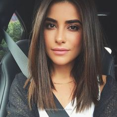 Neat Medium Length Hairstyles for Straight Hair The post Medium Length Hairstyles for Straight Hair… appeared first on Elle Hairstyles .