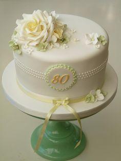 Trendy birthday cupcakes ideas for women elegant cakes Ideas Birthday Cake For Women Elegant, Birthday Cakes For Women, Pretty Cakes, Beautiful Cakes, Fondant Cakes, Cupcake Cakes, Rose Cupcake, 90th Birthday Cakes, Birthday Cupcakes
