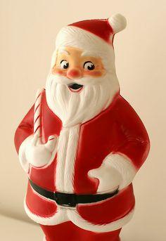 Vintage - Light-up Santa. → For more, please visit me at: www.facebook.com/jolly.ollie.77