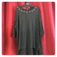 Belldini grey top with design brand new Grey top with design brand new never worn light weight top long great looking on any question please ask Belldini Tops