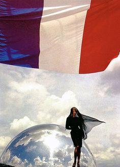 Claude Heidemayer in Thierry Mugler by Thierry Mugler FW 87/88 À la cité des Sciences et de l'Industrie.