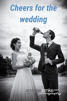 Zur Feier der Hochzeit kann man schonmal einfach eine Flasche Schampus exen. Weddingfun at its best. #hochzeitsfotograf #hochzeitsfotografie #hochzeitsfotos #hochzeitstipp #hochzeitsidee #berlin #spreewald #cottbus #lübben #sektempfang #sekt #champagner #schampus #exen #hochzeitsbilder #buchen #suchen #finden #schwarzweiss #brautpaar #couple #weddingaction #weddingfun #hochzeit #fotograf #spass #fun #love #action #heiraten #liebe #team #paar #weddingphotographer #weddingphotography #wedding Wedding Pics, Wedding Shoot, Wedding Portraits, Groom, Bride, Couples, Movie Posters, Photography, Creative Wedding Photography