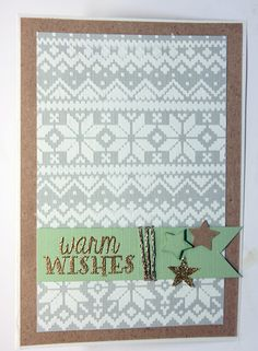Christmas card with Tim Holtz's stencil Holiday knit, Duth do ba doo embossing paste and my new favourite embossing powder from Linday's stamp gang: silver moon turqoise, a two tone heat embossing powder which looks different on different coloured backgrounds