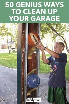 There are no shortage of ideas on how to clean up your garage. Here are 50 ways to clean up your garage that can help get you started down the path of cleaning up an eyesore. Garage Workshop Organization, Garage Tool Storage, Garage Shed, Garage Shelving, Garage Tools, Garage House, Shed Storage, Storage Organization, Garage Ideas