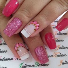ThereBeauty 4 Trends of Nails Beauty in 2020 French nails style, back to the nails, make life more fun;Natural nails, best just natural. Pink Glitter Nails, Pink Ombre Nails, Rose Gold Nails, Blue Nails, Nail Pink, Red Nail, Nail Nail, Gel Uv Nails, Fall Gel Nails