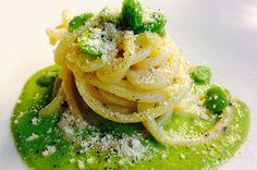 Spaghetti al pecorino toscano con le fave | Food Loft - Il sito web ufficiale di Simone Rugiati