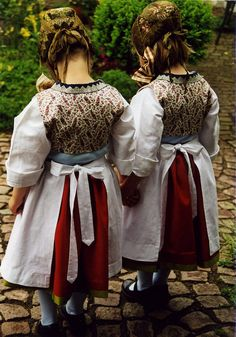 2001 Kinder in Blankeneser Tracht #Hamburg #Blankenese