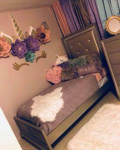 Fancy kids bedroom design ideas for dream homes 11 Unicorn Bedroom Decor, Unicorn Rooms, Unicorn Decor, Unicorn Wall, Unicorn Themed Room, Girl Bedroom Designs, Girls Bedroom, Diy Bedroom, Cool Girl Bedrooms