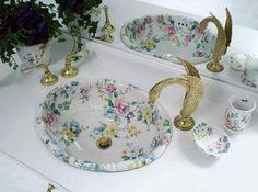 Lavabo Ideal Bathrooms, Beautiful Bathrooms, Bathroom Gallery, Estilo Shabby Chic, Sink Design, Ikea Design, Traditional Bathroom, Bathroom Faucets, Bathroom Interior