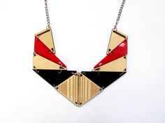 Triangles RAY in red Necklace. laser cut. check for more colours www.benditaindomina.com https://www.etsy.com/shop/BenditaIndomina
