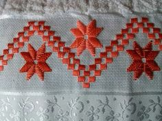 Discover thousands of images about Resultado de imagem para coruja ponto reto Hardanger Embroidery, Diy Embroidery, Cross Stitch Embroidery, Embroidery Patterns, Cross Stitch Borders, Cross Stitching, Cross Stitch Patterns, Bargello Needlepoint, Swedish Weaving