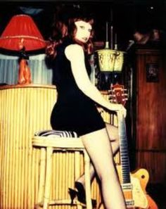 Poison Ivy - The Cramps Rock And Roll Girl, Rockabilly Music, The Cramps, Women Of Rock, Guitar Girl, Heavy Metal Music, Gothic Rock, Indie Pop, Rockn Roll
