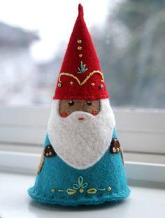 Felt Gnome by Indigomouse