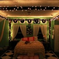 Bedroom. Awesome Interior Decoration Green Christmas Bedroom Style With Wall Mounted Wooden Dark Brown Awesome Interior Decoration Christmas Bedroom Furniture Sets With Table Lamp And Freestanding Rectangle Wooden Dark Brown Large Interior Awesome Decoration Christmas Bedroom Canopy With Christmas Lights Plus Black White Rectangle Patterned Interior Decoration Awesome Christmas Bedroom Rug. Extraordinary Enchanting Interior Decoration Christmas Bedroom Designs
