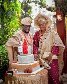 Fine couple ! Congrats @aitileez ❤️! : @koporateimages #NigerianWedding