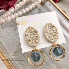 ヴィンテージ風 大ぶり ピアス/大ぶりイヤリング | ハンドメイドマーケット minne Clay Earrings, Pearl Earrings, Imitation Jewelry, Air Dry Clay, Jewelry Packaging, Diy And Crafts, Charmed, Metal, Bracelets