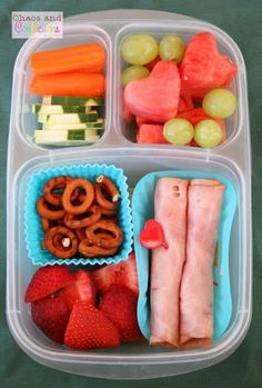 See how to use (Mostly the) Same Ingredients, for Different Lunches