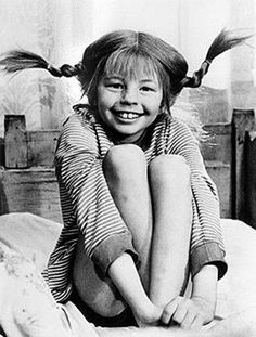 Pippi Longstocking by Astrid Lindgren - So many childhood memories Pippi Longstocking, My Childhood Memories, The Good Old Days, Make Me Smile, Childrens Books, Growing Up, The Past, Black And White, My Love
