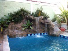 bombinha para fonte de água com luz para por em piscina no meio das pedras - Pesquisa Google