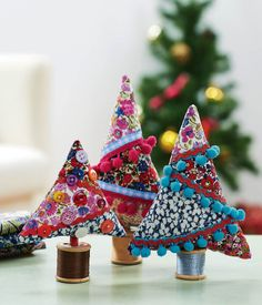 Sew Liberty - DIY Liberty fabric Christmas trees