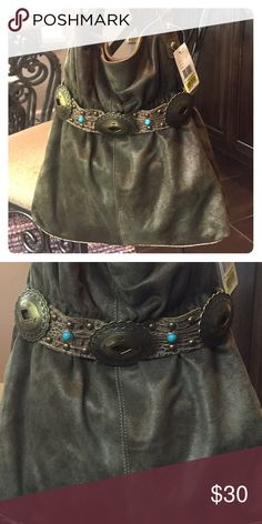 Green suede boho purse Green suede boho purse. Goldish accent on strap and bottom of bag. NWT. Excellent condition. Great buckle detail. Kathy Van Zeeland Bags