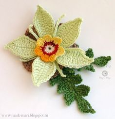 "Lots of wonderful flowers on this blog (with hand-drawn diagrams) Mark-Mari.blogspot.ru: Цветочек ""Июль №4"""