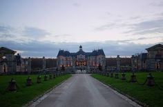 Ashley Daley Photography | Chateau de Vaux-le-Vicomte, Traveling France, Family Friendly France, Christmas in France