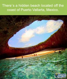 How amazing does this hidden beach in #Mexico look?! It may be struggle to get down, but it sure does look worth it to me!