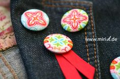 Stoff-Button-DIY im Blog.