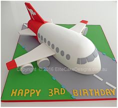 New birthday cake kids Ideas Airplane Birthday Cakes, Birthday Presents For Girls, 3rd Birthday Cakes, Baby Birthday, Airplane Cakes, Chocolate Christmas Pudding, Luggage Cake, Planes Cake, Pinterest Cake