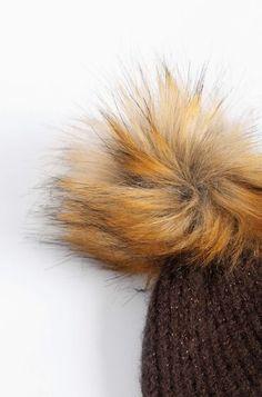 Beanie čiapka s brmbolcom Winter Hats, Beanie, Beanies, Beret