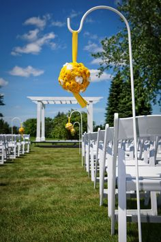 Love pieces that can go from the ceremony to the Recept.