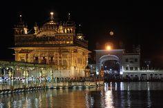http://goo.gl/EehNu6  #viaggio #India #GuruNanakJayanti #Gurupurab #GuruNanak #tempiodoro #indiadelnord #viaggi #amritsar #indianculture (ph. Samuele Fracasso, All rights reserved)
